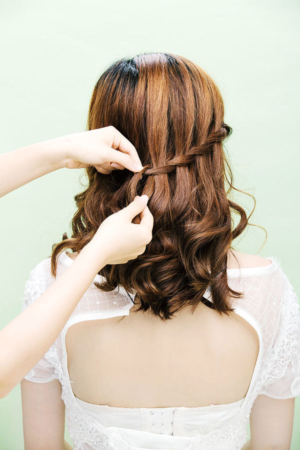 最时尚女生短发发型 最新发型流行趋势简约与个性并具