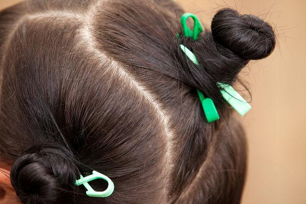 专为短发姑娘准备 2款齐肩发型扎法