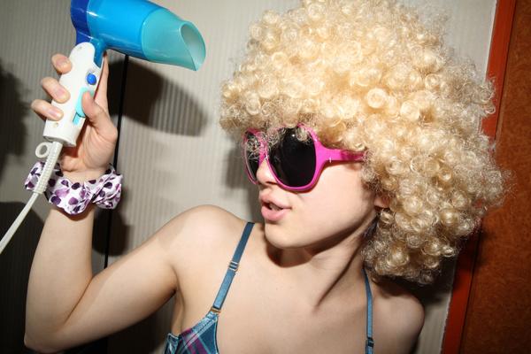 最新女生短发烫发修颜减龄必备武器