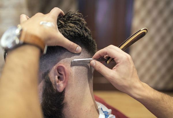 油性头发怎么护理 5招教你去油防脱发